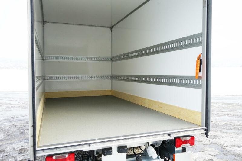 Innenausbau_ISO-Leichtkoffer